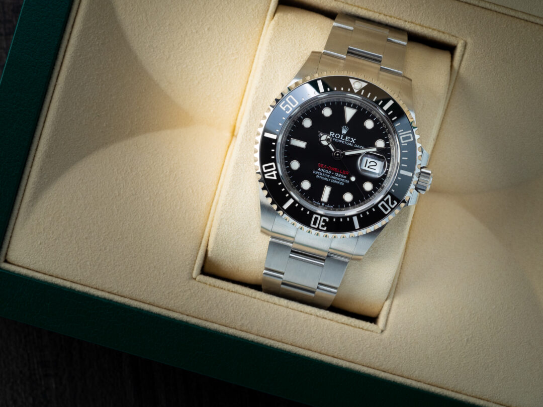 Rolex Sea-Dweller in acciaio Ref. 126600